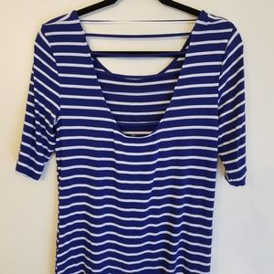 Cable & Gauge Tops - Cable & Gauge blue striped top M